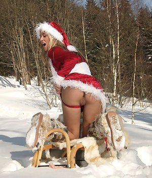 Free Big Ass Christmas Porn Pictures
