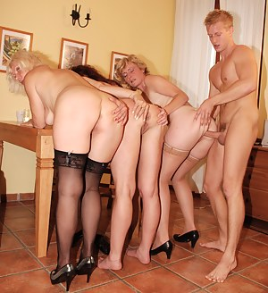 Free Big Ass Foursome Porn Pictures
