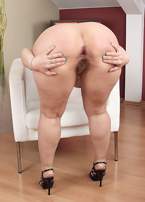 Free Big Ass Solo Porn Pictures